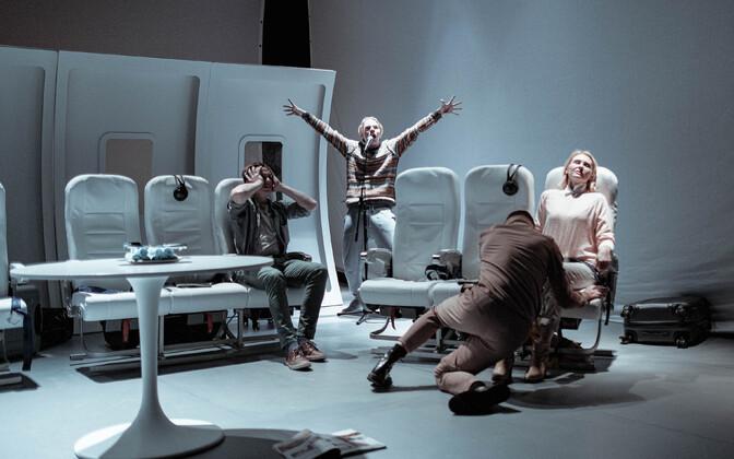 Lauri Lagle lavastus Von Krahli teatris