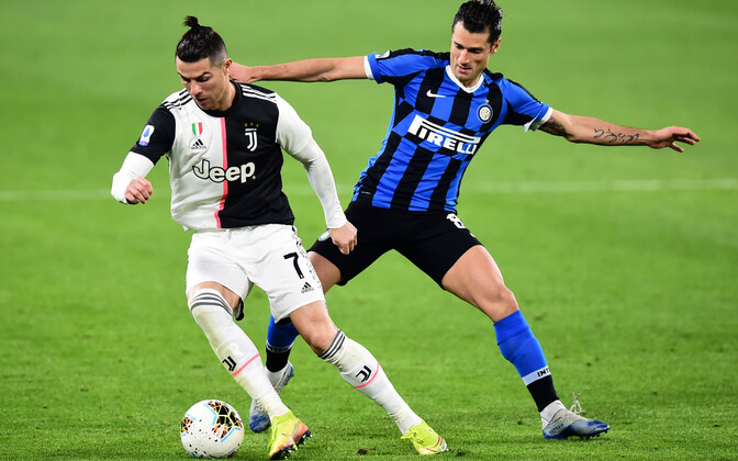 Cristiano Ronaldo ja Antonio Candreva