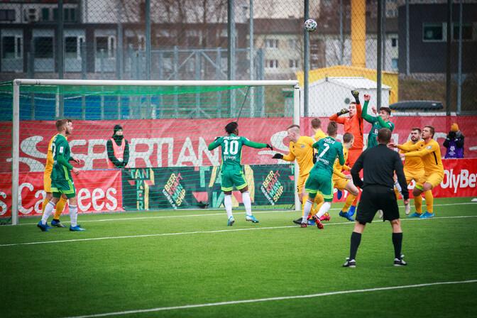 Зарубежные телеканалы вновь покажут матч чемпионата Эстонии по футболу с участием