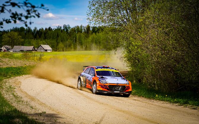Ott Tänak Lõuna-Eesti teedel