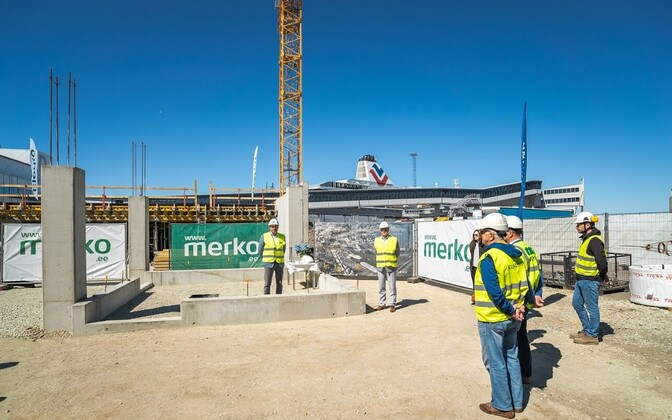 The cornerstone being laid at D-Terminal.