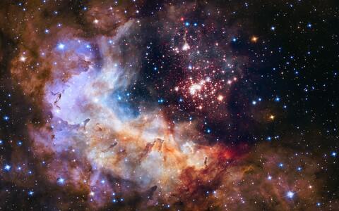Westerlund 2 keskel leidub vähemalt 30 eriti suure massiga tähte.
