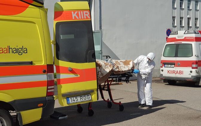Транспортировка пациентов из Курессааре в Таллинн.