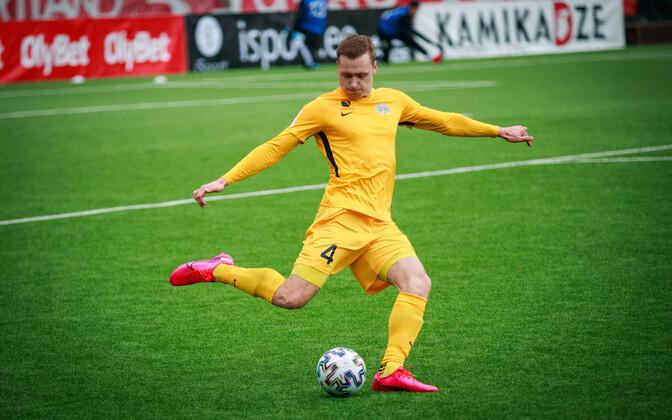 FC Kuressaare mängija Ranon Kriisa