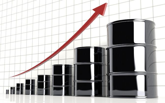 Стоимость нефти марки Brent превысила 40 долларов за баррель впервые за три месяца.