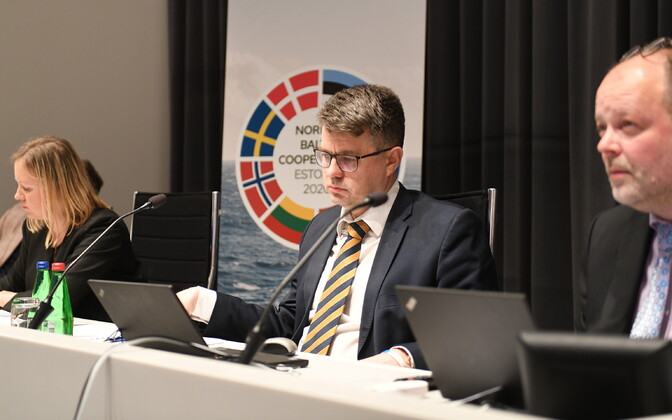 Minister of Foreign Affairs Urmas Reinsalu (Isamaa) attending a virtual meeting of the NB8 and V4. June 3, 2020.