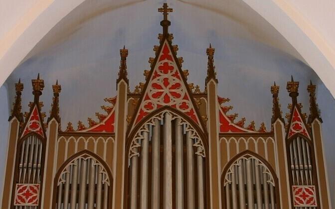 Simuna kiriku oreli ehitas Gustav Normann 1889. aastal.