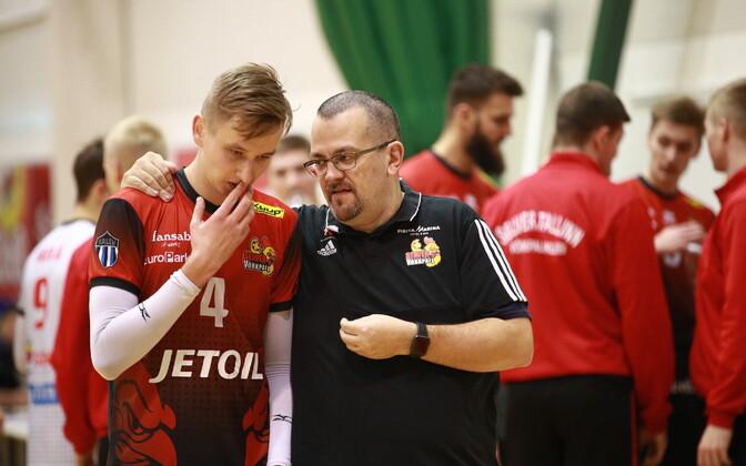 Alessandro Piroli (paremal) ei jätka Tallinna Selveri võrkpalliklubi peatreenerina