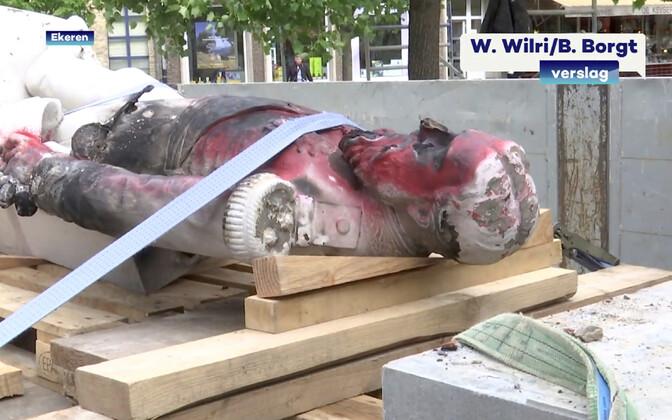 Antwerpenis võeti maha Leopold II monument.