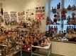 Heli Männi suveniirnukud Järvamaa muuseumis.