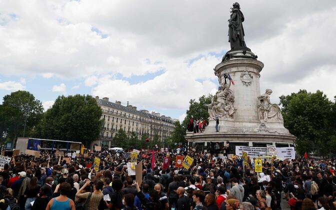 Rassismivastane meeleavaldus Pariisis.