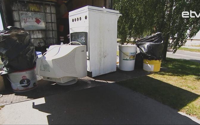 14 июня сбор опасных отходов прошел в Ласнамяэ.