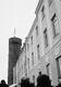 Lipuvahetus Pika Hermanni tornis. Sinimustvalge lipu asemele heisati Tallinna Töölisspordi Ühingu punane lipp. 21. juuni 1940, kl 18.45–18.50.