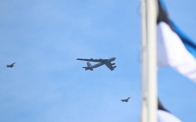 B-52 bomber above Tallinn