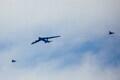 Бомбардировщик B-52 пролетел над Таллинном.