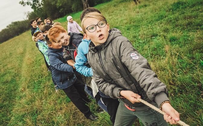 Teadusuuringud on näidanud, et poisid, kes on füüsiliselt aktiivsed vähemalt neli päeva nädalas, hindavad oma tervist paremaks.
