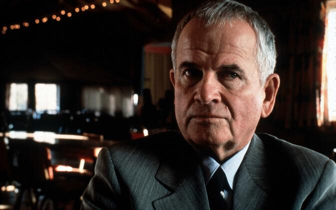 Иэн Холм в 1997 году.