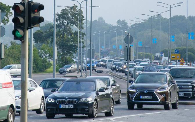 Rush hour traffic on Pirita Road.