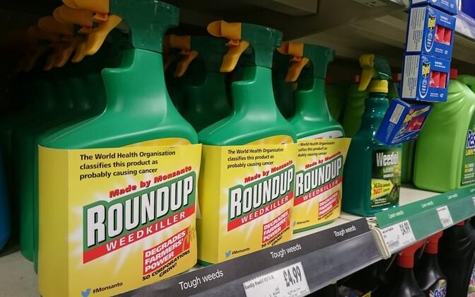 Популярный гербицид Roundup обвиняют в высокой канцерогенности.