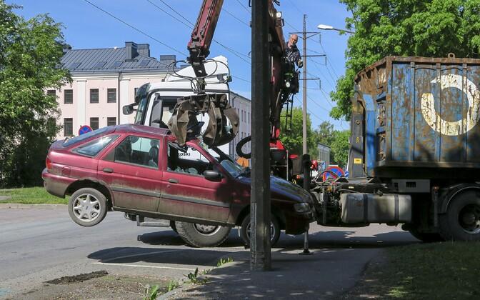 Автохлам в Пыхья-Таллинне.