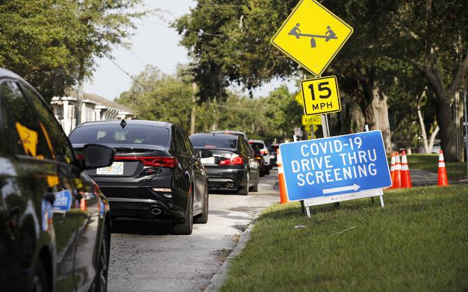 Koroonaviiruse testimise järjekord USA-s Florida osariigis.