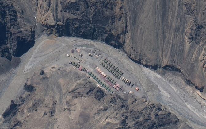 Satelliidifoto Hiina armeebaasist Galwani orus.