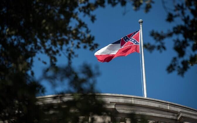 Mississippi osariigi lipp.