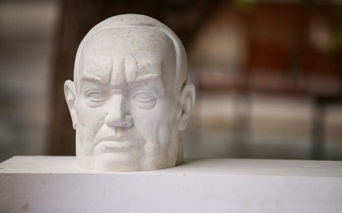 Определились победители конкурса идей на создание памятника Константину Пятсу.
