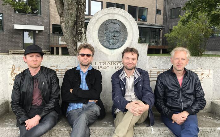 Kruglov-Sooäär Quartet