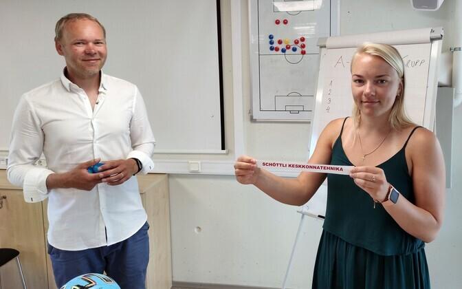 Loosimisel oli fortuunaks jalgpalliliidu turundusjuht Eva Nõmme.