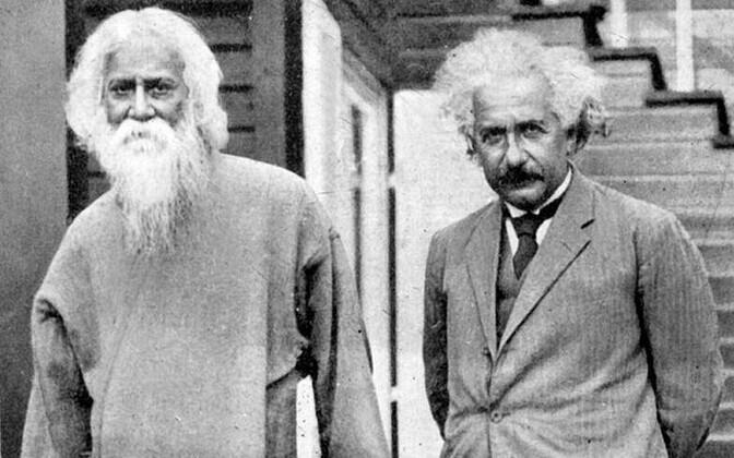 Albert Einstein (paremal) ja kirjanik, muusik ning Nobeli laureaat Rabindranath Tagore (vasakul).
