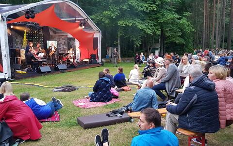 Juuli algul toimus Muhus muusikafestival Juu Jääb.