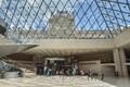 Pariisis taasavati Louvre'i kunstimuuseum