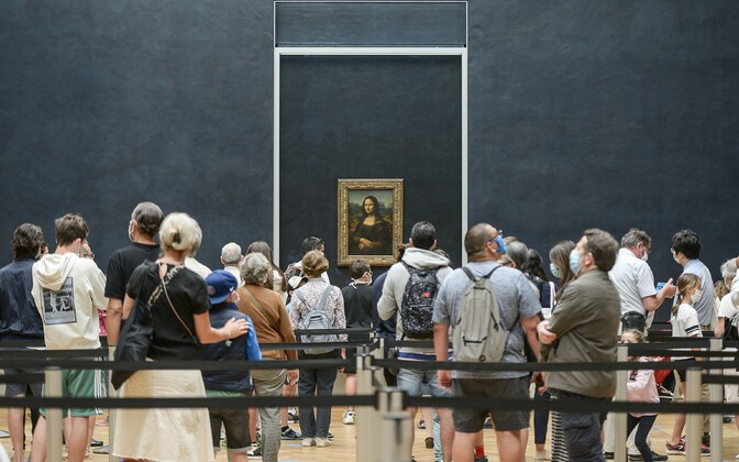 Открытие Лувра после эпидемии коронавируса.