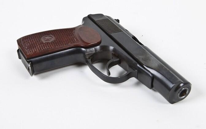 По оценке эстонских военных, пистолет Макарова компактен, надежен и прост в использовании.