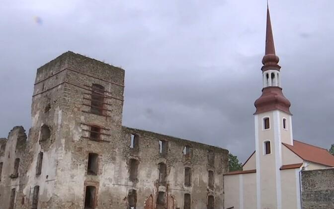 Ruins of Põltsamaa Castle