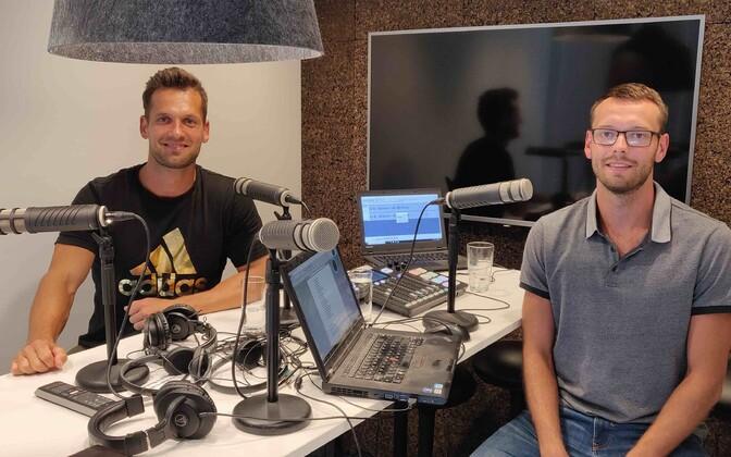 Magnus Kirt ja Karl Rinaldo Manta Maja stuudios