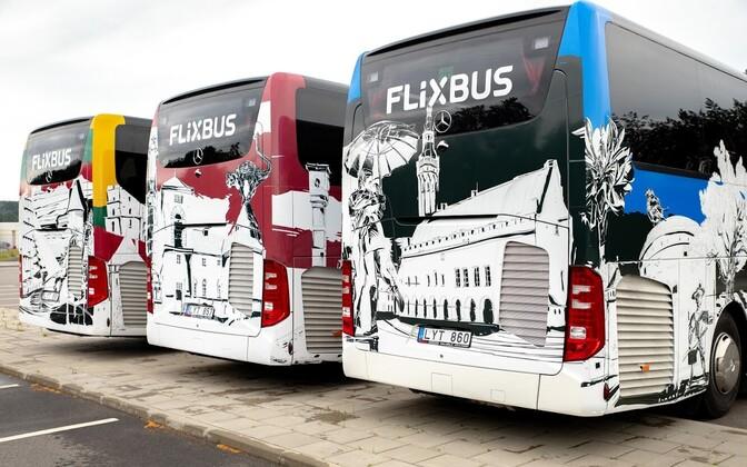Flixbuses.