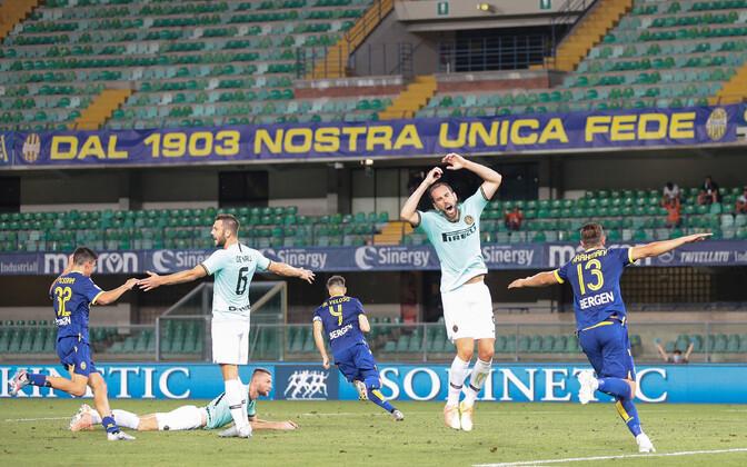Miguel Veloso 86. värav saatis Milano Interi võõralt väljakult koju viigipunktiga