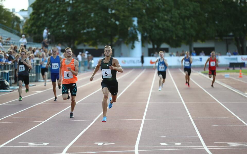 Rasmus Mägi (number 5) kergejõustiku Eesti meistrivõistlustel