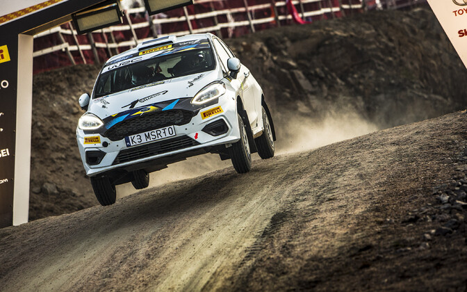 Ken Torn / Kauri Pannas (Ford) at the Swedish rally.
