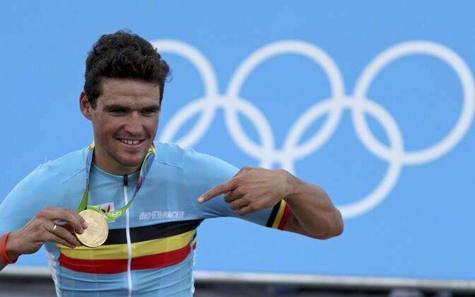 Greg Van Avermaet Rio olümpiakullaga.