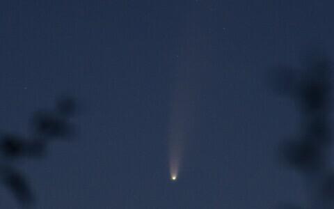 Neowise komeet. Pildistatud Kuressaares ööl vastu 15. juulit.