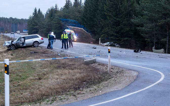 Avariipaik Saaremaal, kus tänavu jaanuaris hukkus kolm inimest