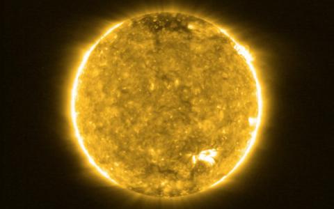 Solar Orbiteri esimene vaade Päikesele.