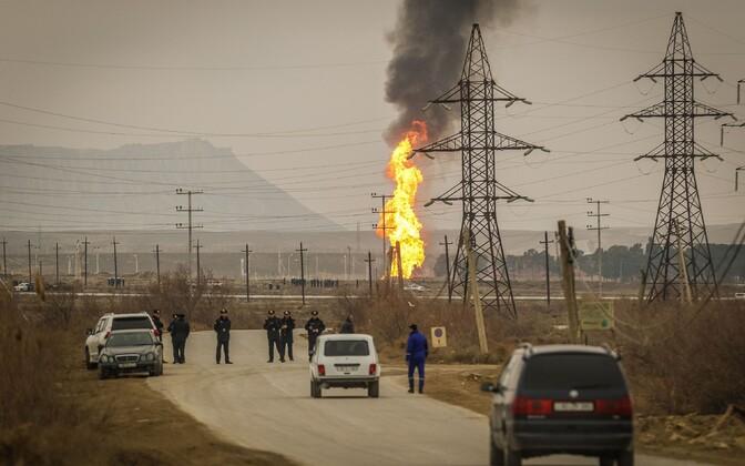 Aserbaidžaani gaasitoru plahvatusele järgnenud tulekahju 2016. aastal.