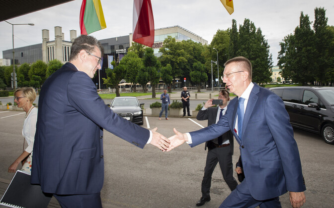 Minister of Foreign Affairs Urmas Reinsalu and Latvian foreign minister Edgars Rinkevics.