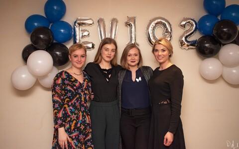 Edinburgh Estonian Society 2019/2020 juhatuse liikmed Anette Anslan (treasurer), Maria Keridon (president), Kadi Vaher, Heidi Kaljusto (sekretär).