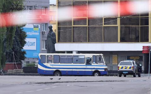 Захваченный террористом автобус с заложниками в Луцке.