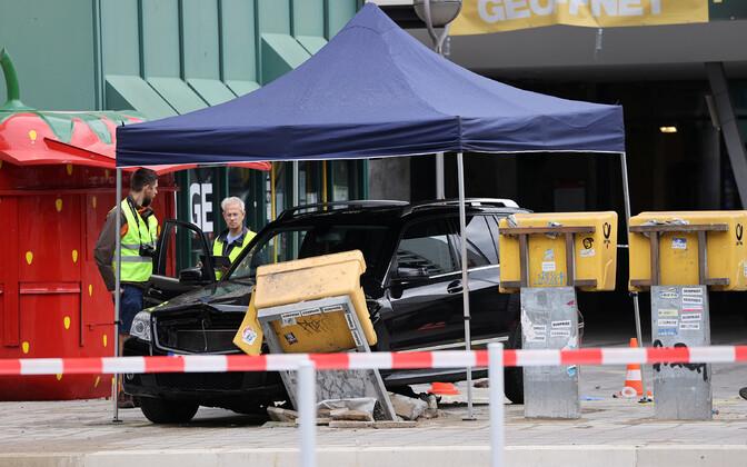 В результате инцидента пострадали семь человек.